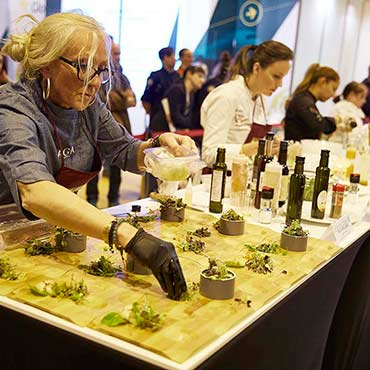 World Olive Oil Exhibition 2020 - encuentro mundial del aceite de oliva en Madrid - Ifema